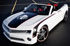 2 CRAVE® - No.14 Gloss Black with Machined Face and Red Stripe on Chevy Camaro