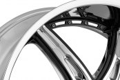 2 CRAVE® - No.16 Chrome with Gloss Black Inserts A Style Close-Up