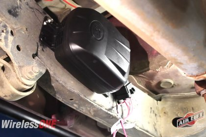 Air Lift® Install Overview WirelessOne™ Toyota 4runner (Full HD)