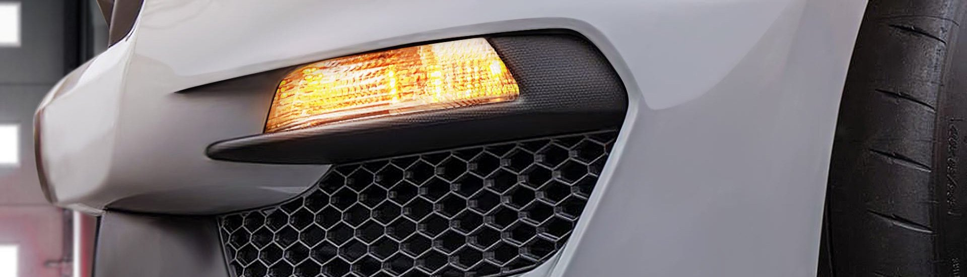 Custom Signal Lamps Complete Your Exterior Lighting Makeover