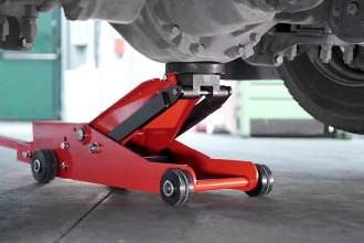 Lift Your Car Easily And Safely With A Quality Floor Jack
