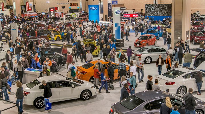Jam-Packed Car Auto Show Center