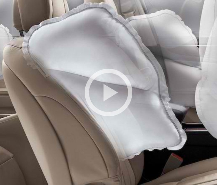 Safety of universal & custom fit seat covers