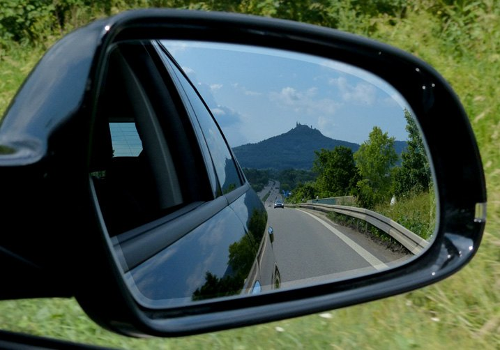 What You Need To Know When Ordering A Replacement Outside Mirror
