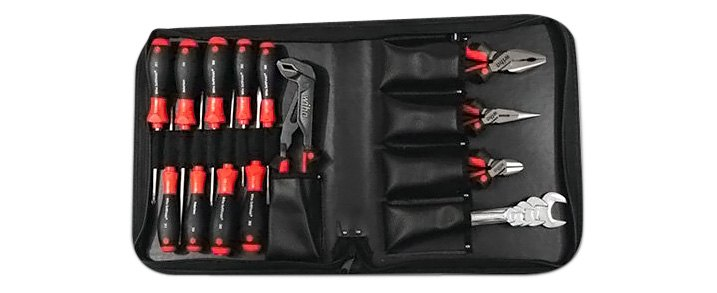 18-piece Industrial Quality Kit By Wiha