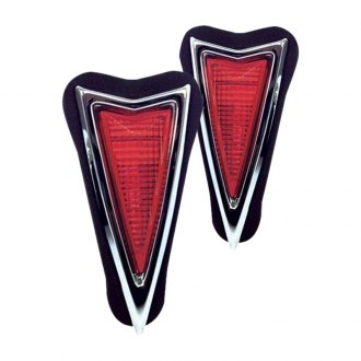 Auto Metal Direct® - OER™ Driver and Passenger Side Rear Side Marker Light Assembly
