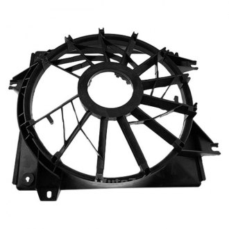 Auto 7® - Driver Side Radiator Fan Shroud