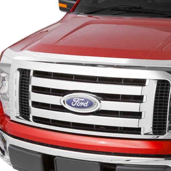 Image may not reflect your exact vehicle! AVS� - Large Chrome Aeroskin Hood Shield