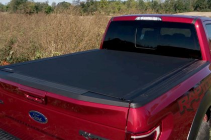 BAK® Revolver X4 Hard Rolling Tonneau Cover Features and Benefits (Full HD)