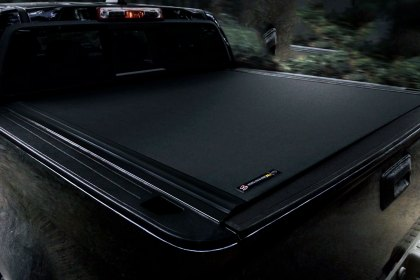 BAK® Revolver X4 Hard Rolling Tonneau Cover Overview (Full HD)