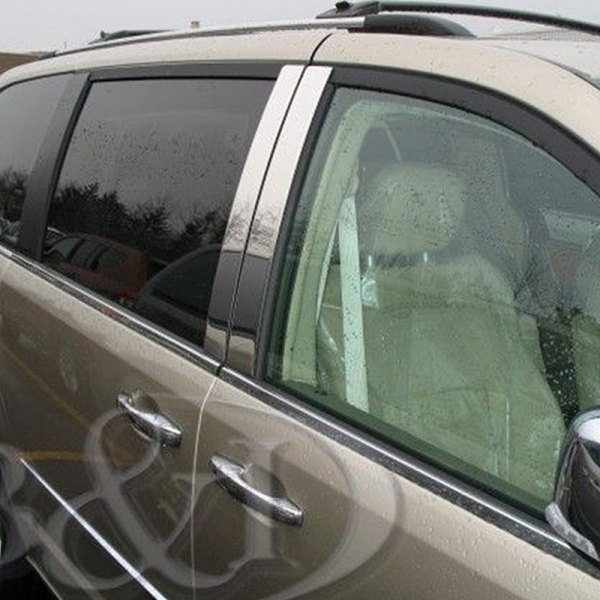 Chrysler Town And Country 2008 Pillar Posts