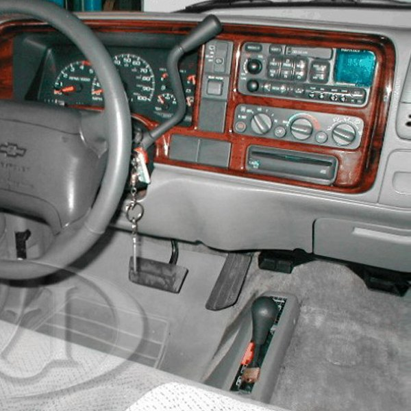 B I Chevy Tahoe 1999 3d Full Dash Kit