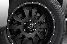 BLACK RHINO® - KEYHOLE Matte Black on Chevy Silverado