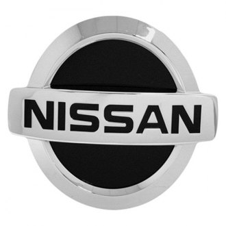 "Bully® - Chrome Hitch Cover with Nissan Logo for 1-1/4"" and 2"" Receivers"