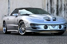 CRAY® - MANTA Hypersilver with Mirror Lip on Chevy Corvette