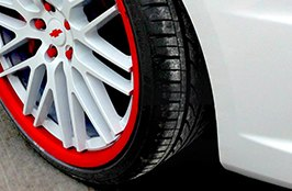 DELINTE® - D7 Thunder Tires on Chevrolet
