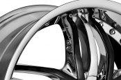 DIABLO® - ANGEL Chrome with Black Inserts Close-Up