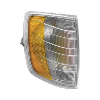 Dorman® - Passenger Side Replacement Turn Signal/Corner Light