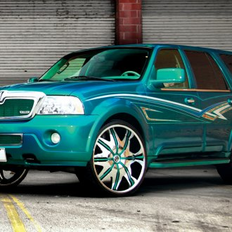 DUB® - DOGGY STYLE Chrome with Custom Painted Inserts on Lincoln Navigator