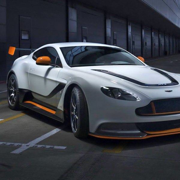 DUNLOP® - Tires On Aston Martin