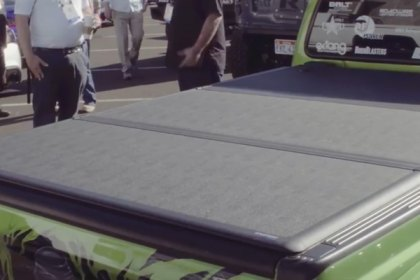 Extang® EnCore™ Tonneau Cover at SEMA 2016 (HD)