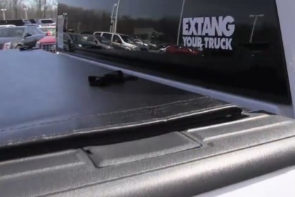 Extang® Tonneau Cover on GMC Sierra (HD)