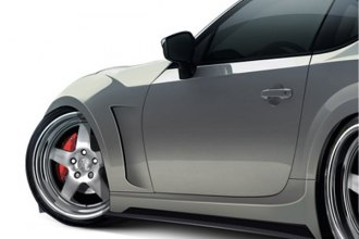 Carbon Creations® - 86-R Style Carbon Fiber Wide Body Front Fenders