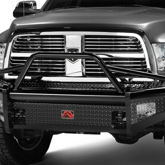 Fab Fours® - Black Steel Full Width Front HD Bumper with Pre-Runner Guard