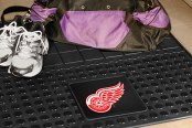 FanMats® - Universal Fit Heavy Duty Vinyl Cargo Mat (Sports, NHL, Detroit Red Wings)