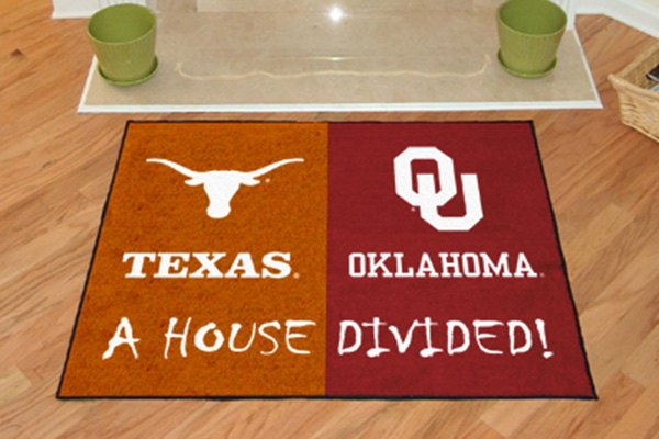 Fanmats 6123 texas and oklahoma on house divided floor mat for Parquet mat ou satine