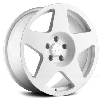 FIFTEEN 52® - TARMAC White