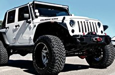 FUEL® - Mud Gripper M/T Tires on Jeep Rubicon