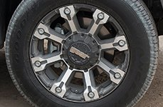 GEAR ALLOY® - 719MB BACKCOUNTRY Black with Machined Spokes on Nissan Titan - Close-Up View