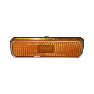 Goodmark® - Front Driver Side Amber Marker Light Repeater