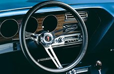 Pontiac Clasic Style Leather Steering Wheel by Grant®