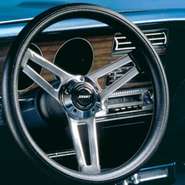 Grant® - Leather Clasic Style Steering Wheel