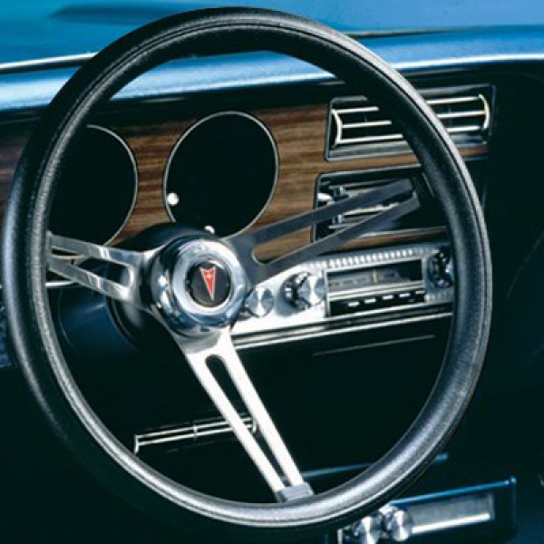 Grant® - Pontiac Clasic Style Leather Steering Wheel