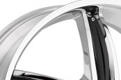 HELO® - HE844 Chrome with Gloss Black Inserts Close-Up