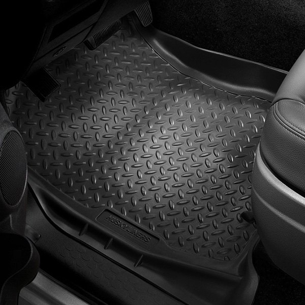 Image may not reflect your exact vehicle! Husky Liners® - Classic Style™ Floor Liners - 1st Row, Black