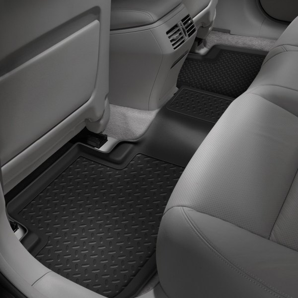 Image may not reflect your exact vehicle! Husky Liners® - Classic Style™ 2nd Row Black Floor Liner