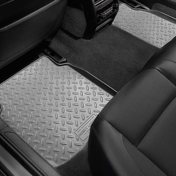 Image may not reflect your exact vehicle! Husky Liners® - Classic Style™ Floor Liners - 2nd Row, Gray
