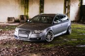 Chrome JR Wheels Enhancing Bespoke Gray Audi A6