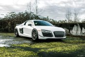 Satin Black Rims Give White Audi R8 a Touch of Style
