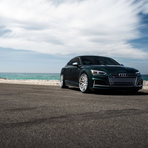 Chrome Billet Grille on Green Audi S5 - Photo by Blaque Diamond Wheels