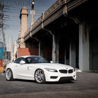 Crystal Clear Headlights On White BMW Z4   Photo By Avant Garde Wheels