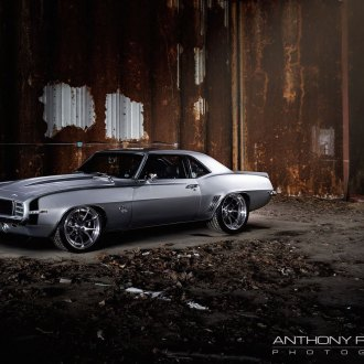 Stylish Add- ons for Iconic Gray Chevy Camaro SS