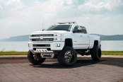 White Chevy Silverado on Fuel Offroad Wheels Gets a Great Lift Kit