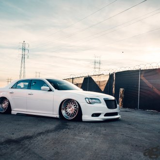 Chrysler 300C on Air Suspension and Avant Garde Rims - Photo by Avant Garde
