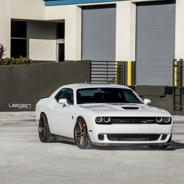 Custom Dodge Challenger Images Mods Photos Upgrades Carid Com