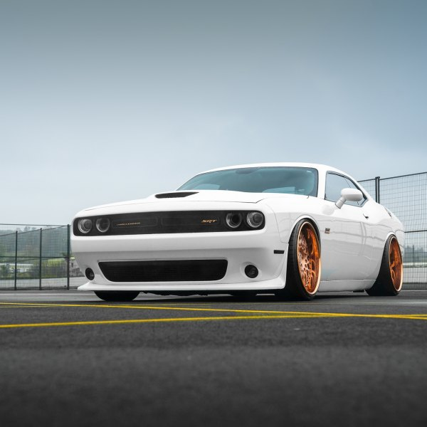 Front Bumper with Fog Lights on White Dodge Challenger - Photo by Avant Garde Wheels